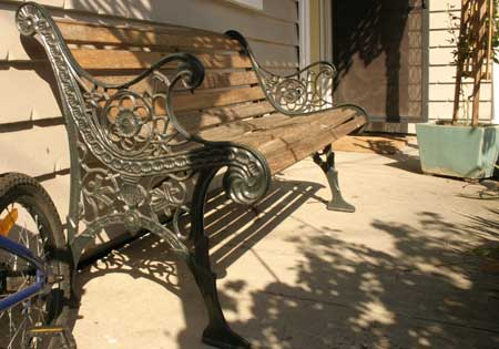 bench_lowres